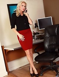 Upskirt shots of a hot blonde secretary