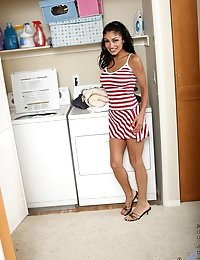 Enticing Anilos woman teases us in her sexy outfit in the laundry room