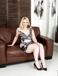 Horny housewife can't wait to strip down and play