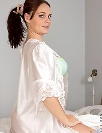 Milf goddess Leyla seduces in lingerie
