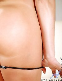 Long haired milf gags on her amazingly long dildo and jams it in her savory snatch